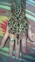 bridal henna back of hand