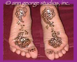 henna tattoo soles of feet